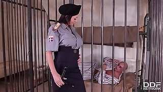 Wild red-hot jail Guard Patty Michova tears up jailers fat fuckpole